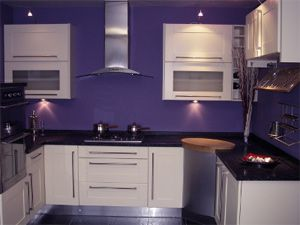 Purple black and white kitchen paint color ideas for Purple paint in kitchen