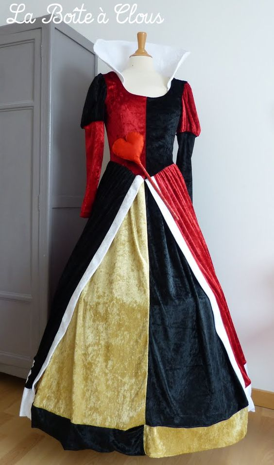 queen of hearts costume halloween costume pinterest c ur reine et dame de c ur. Black Bedroom Furniture Sets. Home Design Ideas