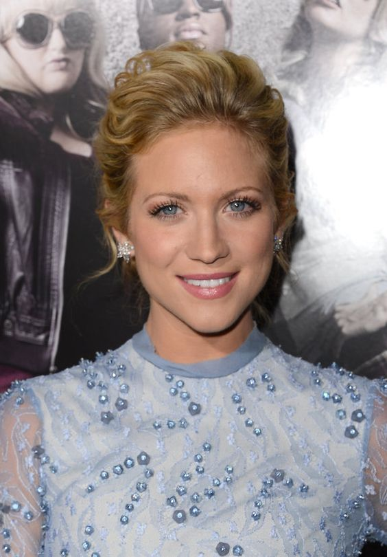 TodaEla - Brittany Snow