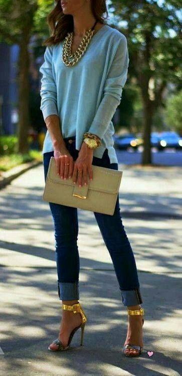Conjunto hermoso,sencillo y elegante.