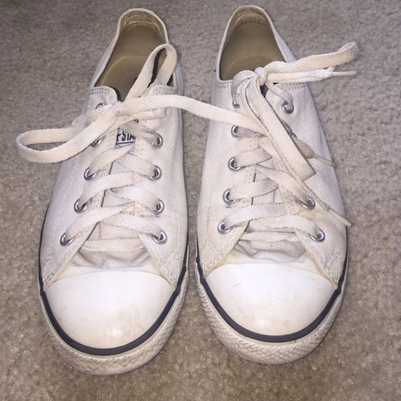 White Converse Used white Converse- just got dirty and I'm too lazy to clean them lol. Converse Shoes Sneakers