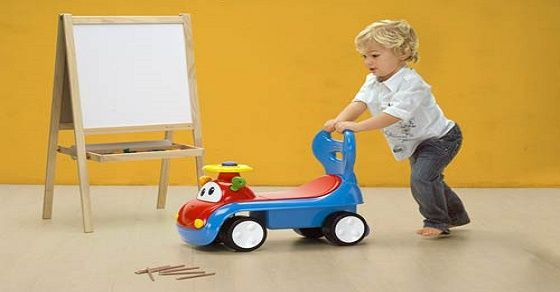 Mẹo chọn đồ chơi phát triển trí tuệ và thể chất cho trẻ 1 - 3 tuổi
