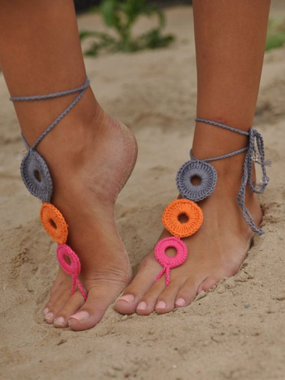 Multicolor Cut Out Crochet Toe Ring Barefoot Sandals