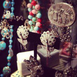 Living Threads Vintage - Portland, OR, United States. Vintage jewelry!