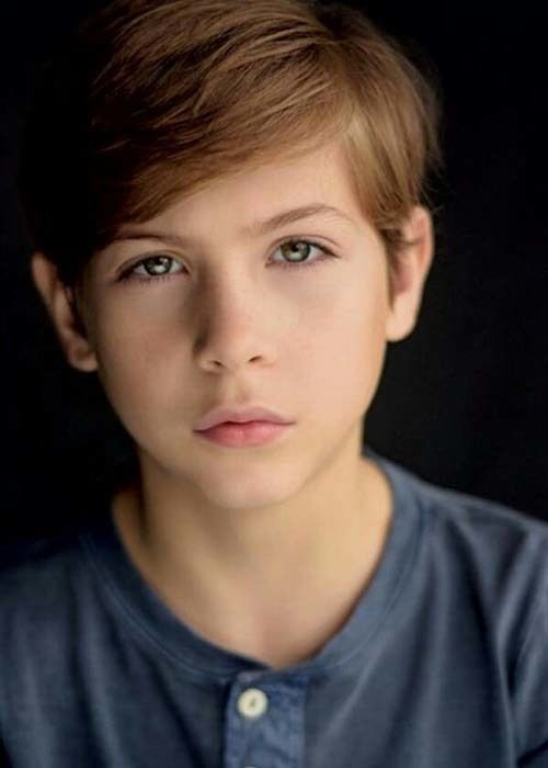 Jacob Tremblay In 2020 Handsome Kids Boys Long Hairstyles Boy Hairstyles