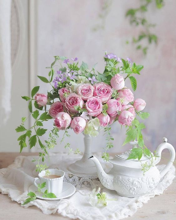 Pin On Catherine Klein Fantastic flower vase wallpaper images