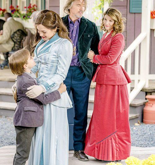 Philip Elizabeth Frank And Abigail When Calls The Heart