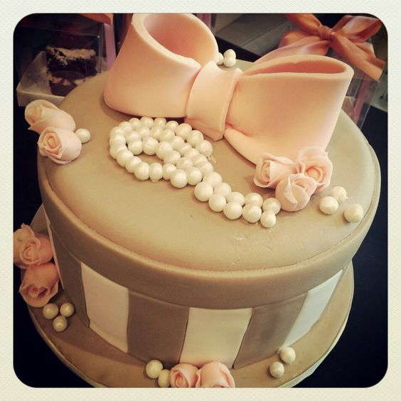 Bolo feminino Girls cake                                                       …