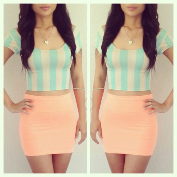 teal crop toppeach mini skirt in the eye of the