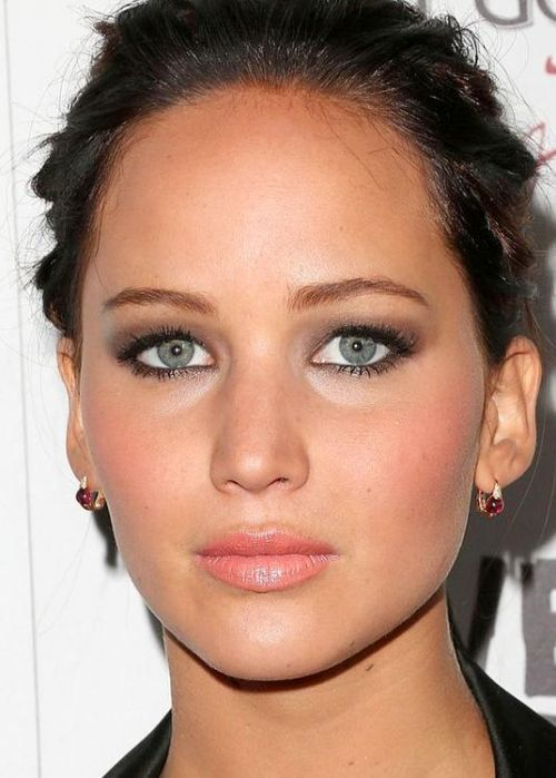 20 Best Celebrity Makeup Ideas For Green Eyes Makeup Looks For Green Eyes Celebrity Makeup Celebrity Makeup Looks