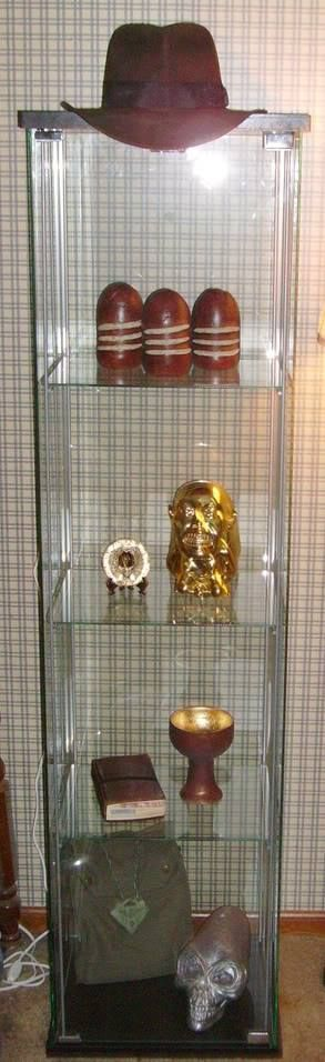 Minus the crystal scull(I Hate that movie) this is a cool Idea!