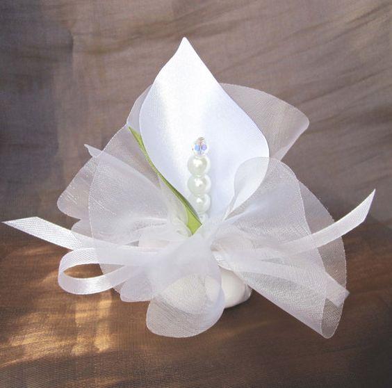 Luxury Wedding Calla Lilies And Wedding Favors On Pinterest