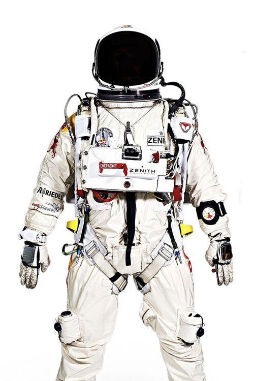 buzz lightyear space suit - photo #18