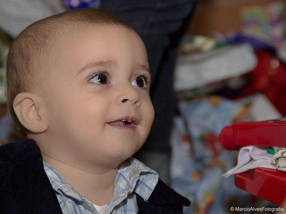 Esta foi a comemoração do primeiro aninho do pequeno Miguel.Confira Alguns cliques, as demais imagens, somente com os pais do Miguel, os queridos Silvano e Juliana!!