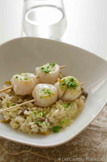 Le risotto aux champignons et brochettes de Saint-Jacques
