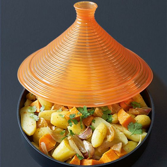 Tajine de pommes de terre et de patates douces au citron confit