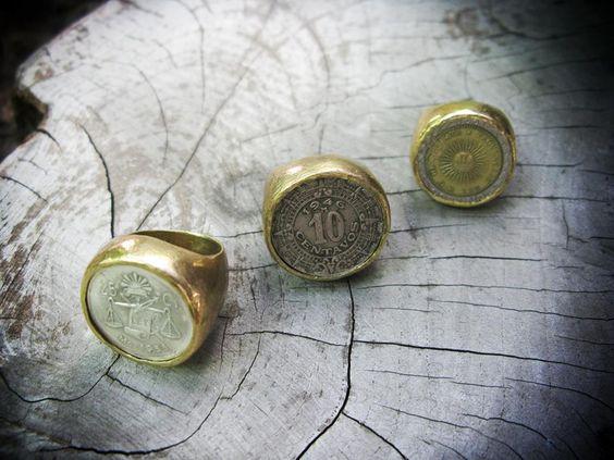 ¿#Anillos con monedas? ¡¡¡Si quiero!!!  ||► http://onlyou.es/store/bisuteria/anillo-sello-grande-en-laton