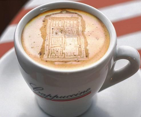 Tardis coffee! This is the way I want all my coffee's from now on.: