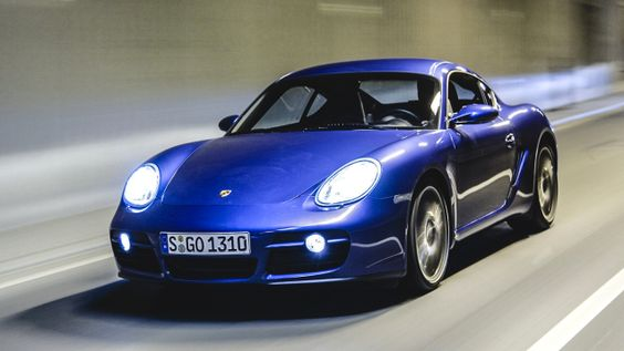 Porsche is either the dumbest smart company in the world or the smartest dumb company in the world. They made cars like this cheap Porsche Cayman better than their 911 in almost every single way, and they still call it their entry level car. It's a great thing we're smarter than they are.