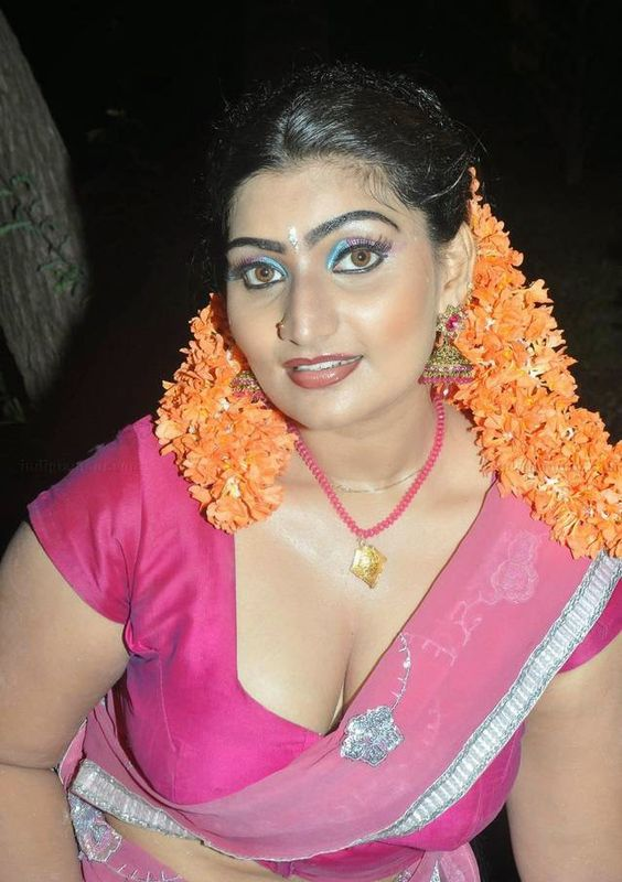 Kollywood Mallu Masala Aunty Bhabhi Actress Spice Photos | Hot Indian ...