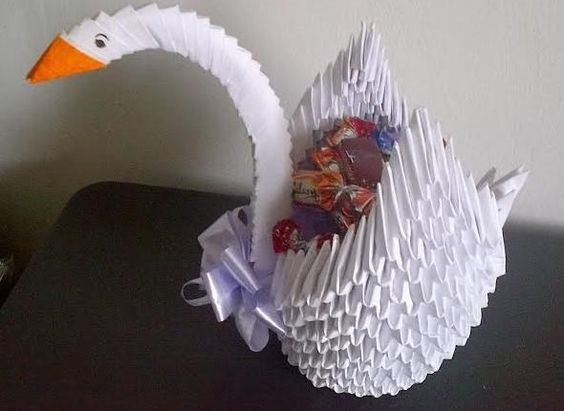 Beautiful Origami White Swan includes sweets