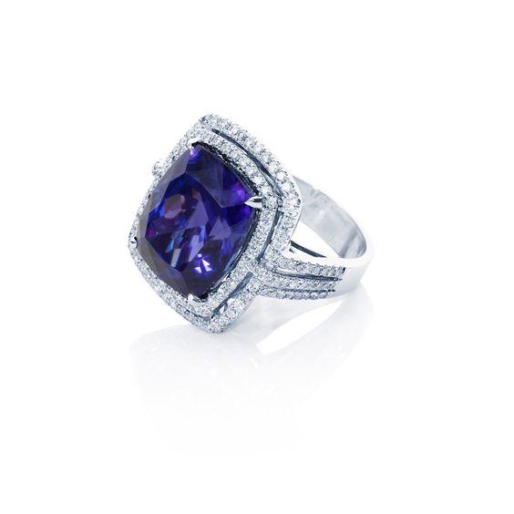 Night & Violets tanzanite #ring by Tomassa