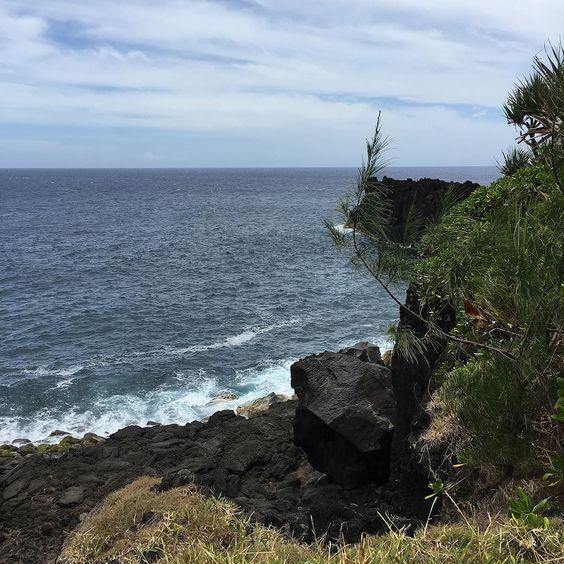Front de mer du Sud de #LaReunion #ReunionIsland #instanature by ju_energy