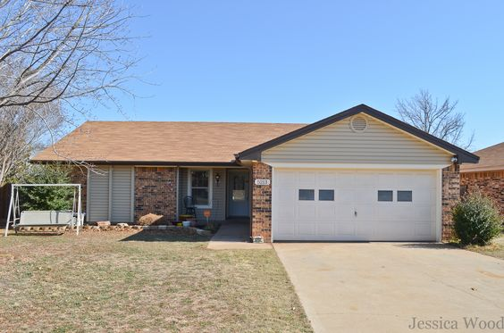5213 Dewey St, Wichita Falls, TX 76306