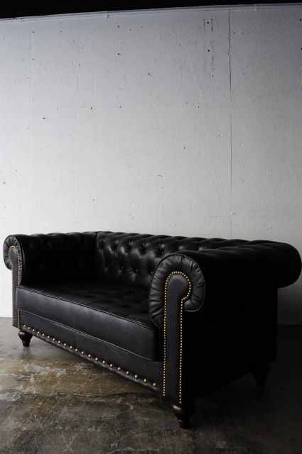Black Sofa Sofas And Chesterfield On Pinterest