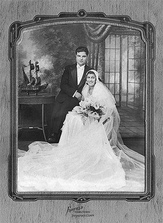 Катрин и Даниел Меркаданте, бръснар, 1934 г.