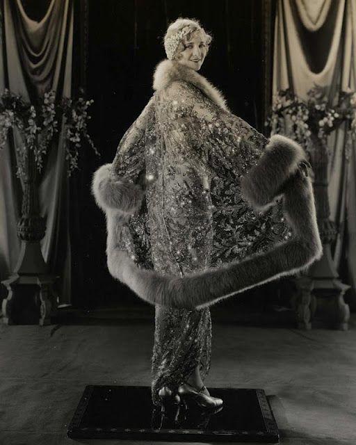 Splendid coat 1920s