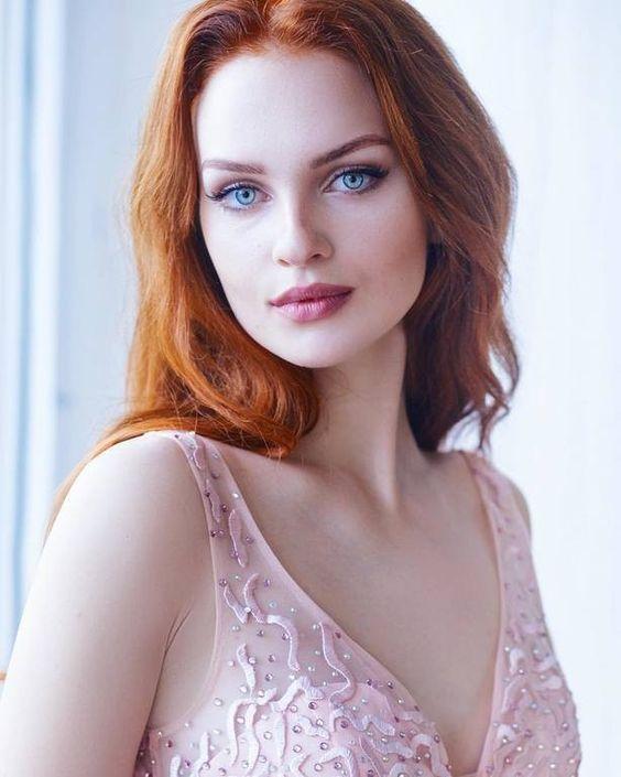 La Blonde Ou La Rousse : blonde, rousse, Discover, Gorgeous, Redhead, Bonjour-la-Rousse, Haired, Beauty,, Beautiful, Hair,