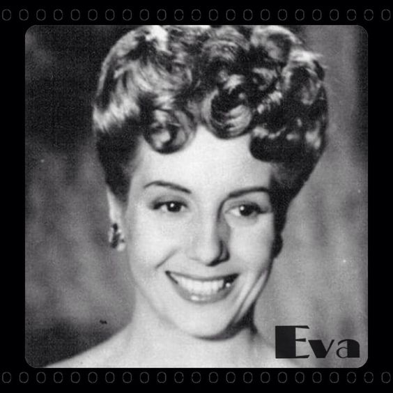 Young Eva Perón, Hermosa! FB: The Evita Project