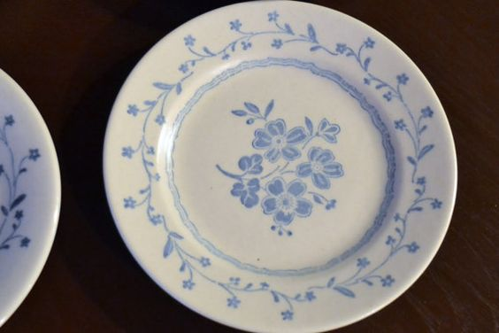 Vintage Royal China Co. Americana Country Charm by PanchosPorch, $12.00