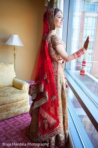 View photo on Maharani Weddings http://www.maharaniweddings.com/gallery/photo/77925