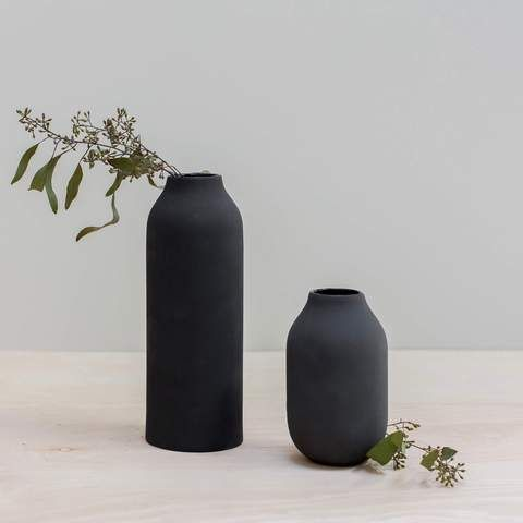Terracotta Clay Vases Set Of 2 Handcrafted In Mexico City The Citizenry In 2020 Vase Set Clay Vase Black Vase