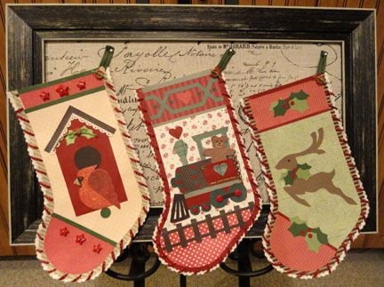 Needles 'n' Knowledge: Stockings to Hang by the Chimney