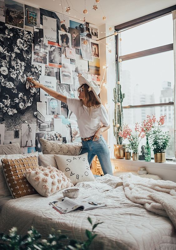 5 Simple Tips To Make Your Bedroom Look Extra Cozy Career Girl Daily Bedroom Decor Cozy Room Inspiration Bedroom Design