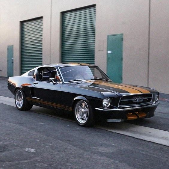Looks Like The Mustang Dean Winchester Had In One Episode