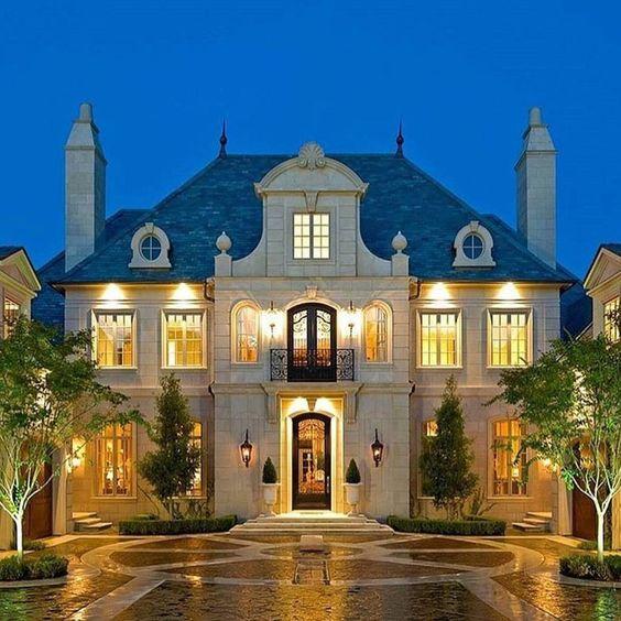 Beautiful Dream Homes Luxury Interior: Beautiful Elegant Stone European Mansion. Manor Estate