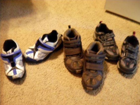 Boys toddler sz 10 Stride rite shoes lot leather star wars EXCELLENT - $25 (West Mobile)