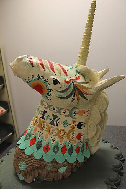 Papier mache unicorn head art lesson 3d pinterest for Perfect paper mache