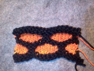 Raised Paving Stitch for Loom Knitting