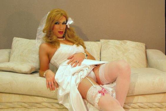 Jeniffer´s wedding dress Crossdresser Photos | Pictures of Crossdresser Tube Members