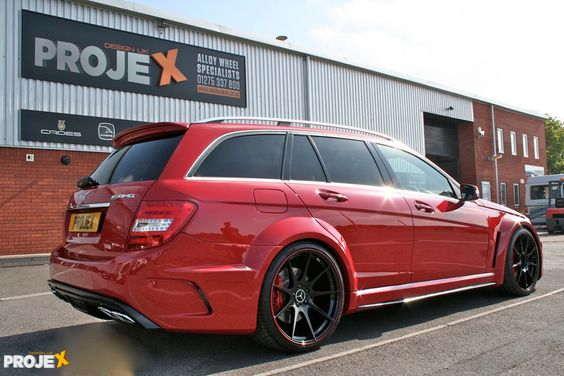 C63 AMG Estate Black Edition