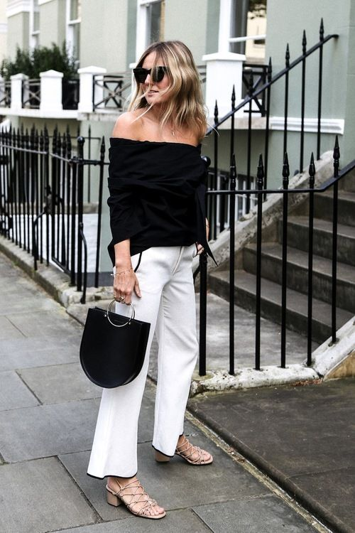 Move over top handle bags, there's a new, edgier version in town—the metal handle bag. These bloggers are some of the first to adopt the trend with looks so cool, we can't wait to get one of our own. The best part is, they come in a variety of styles and colors for any personal style.: