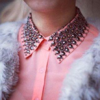Color & collar!