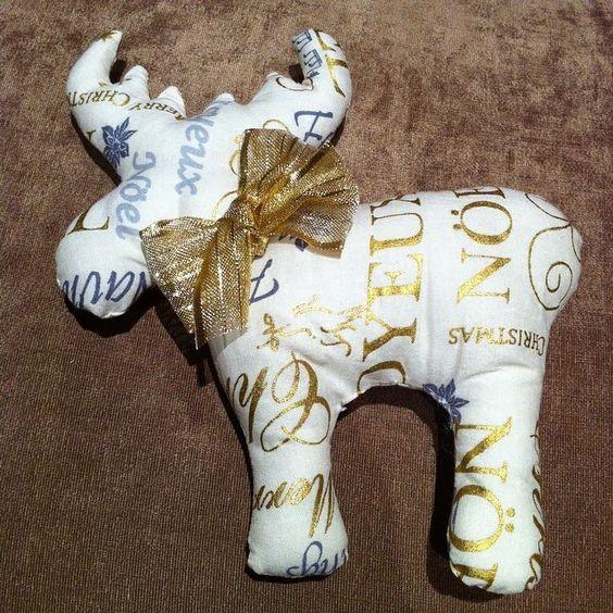 Annies DIY: genähter Weihnachtselch