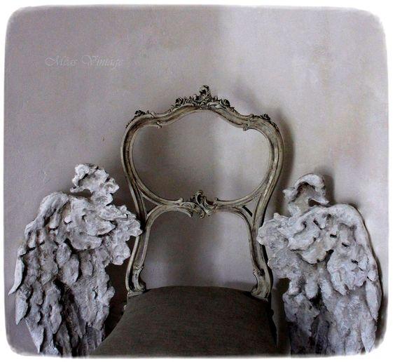 Ich habe wieder neue Schwingen gemacht :) Und wieder bin ich einen Schritt weiter gekommen. Bei Interesse an meinen Skulpturen, gerne mailen an: Le.roi-strauss@web.de