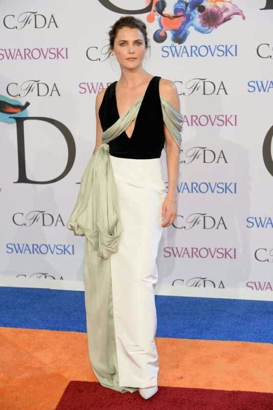 Rihanna stole the show, but there were some other impressive looks at the CFDA's. Dramatic and elegant, Keri Russell.